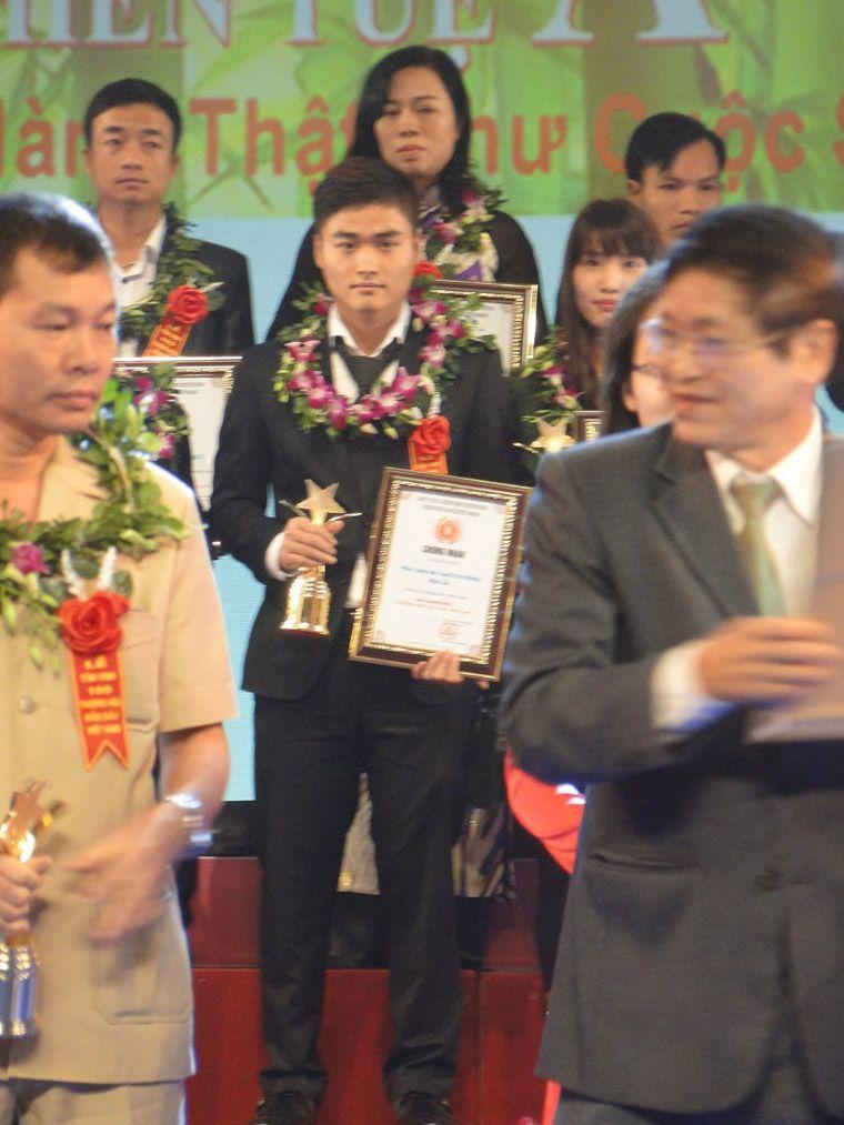 lễ trao giải Top 100 thương hiệu dẫn đầu Việt Nam